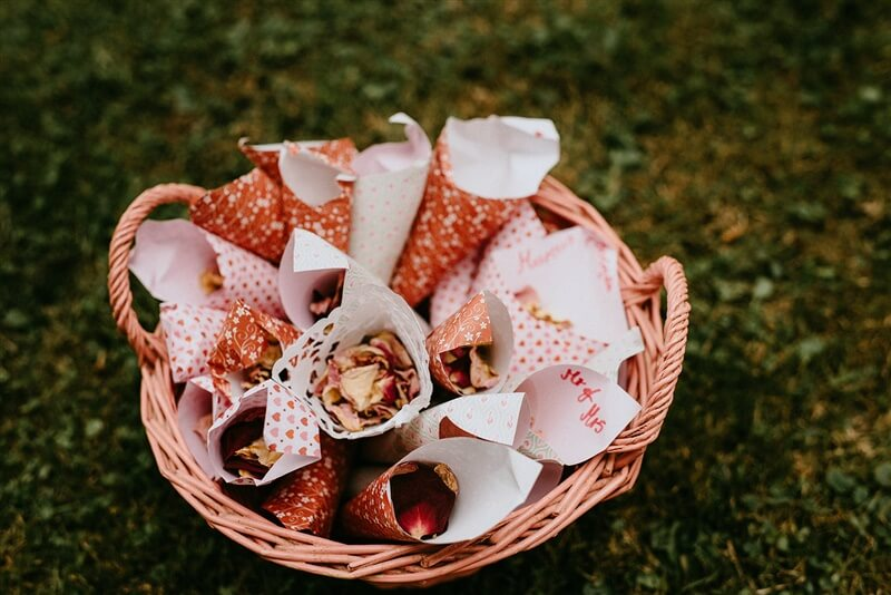 Blütenkonfetti